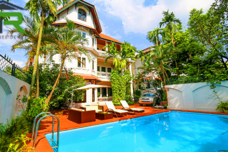 Luxurious swimming pool villa for rent with large garden & lake view in Tay Ho