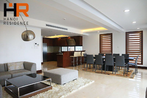 High quality & Modern serviced apartment 03 beds on Xuan Dieu with lake view