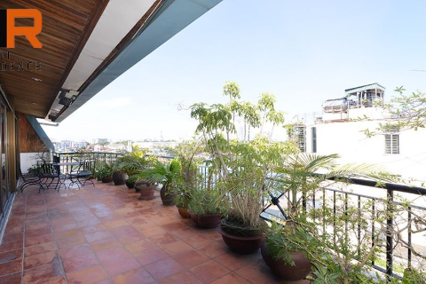 Large balcony apartment 02 bedroom with lake view in Truc Bach area