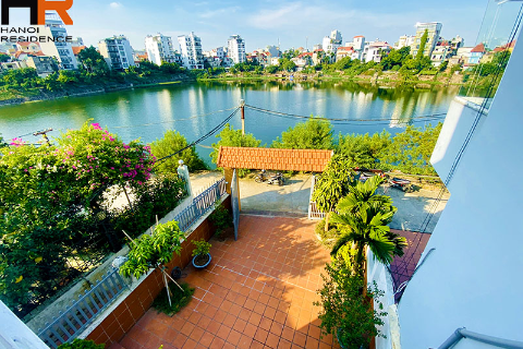 Lake view, swimming pool villa for rent in tay ho with 4 bedroom