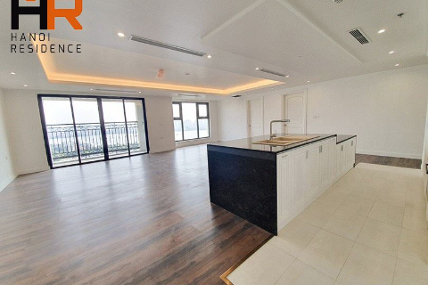 D'le Roi Soleil: A stunning 04 bedrooms apartment with unfurnished for rent