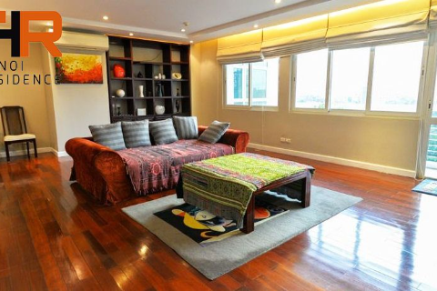 Renovated apartment 03 bedrooms with open kitchen in E bulding Ciputra