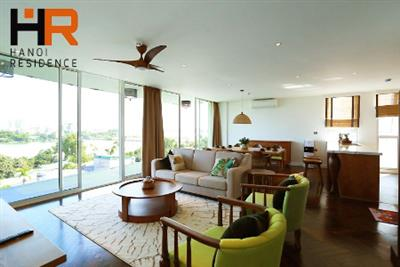 High quality & Lake view serviced apartment 04 beds for rent on Dang Thai Mai street