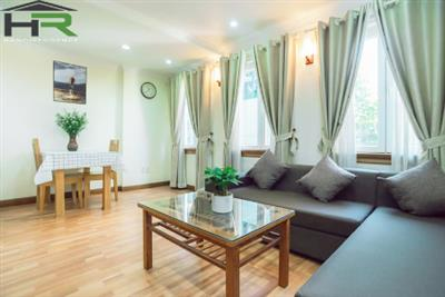 Bright 01 bedroom apartment near Lotte Center, perfect location, walking to some lakes