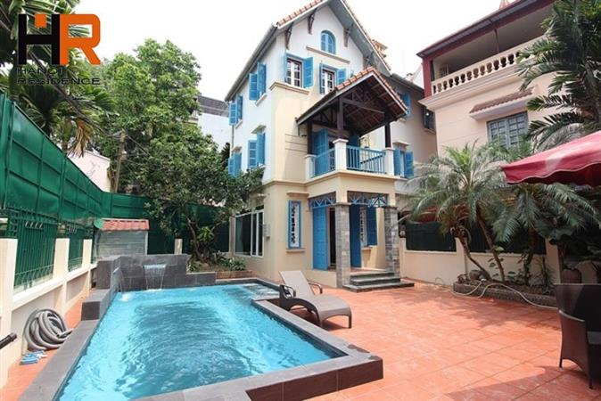 Swimming Pool 4 Bedroom House with A Large Yard for rent in Tay Ho